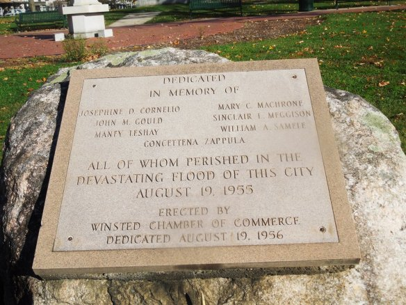 Memorial to flood victims in Winsted